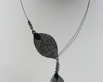 Black necklace with leaves