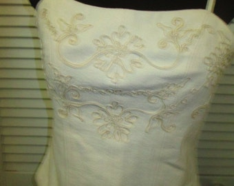 Vintage cotton beige souchet embroidered camisole halter top. Artisan made. Great go with anything camisole top in excellent condition.