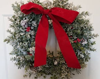 Boxwood/ Christmas boxwood/ holiday wreath / boxwood wreath/ winter wreath/ front door wreath/ door wreath/ front  door decor / door decor