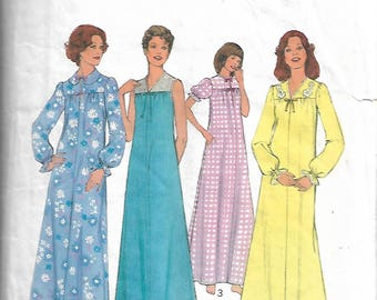 Sewing pattern -  Nightdress Pattern -  Nightgown pattern  - Vintage Sewing Pattern - Size Large 16 - 18-  Bust 38 - 40 inches