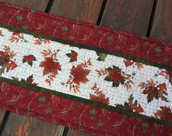 Fall Table Runner, Fall Quilted Table Runner, Autumn Table Runner Quilted, Maple Oak Leaf Table Runner, Brown Orange Table Runner