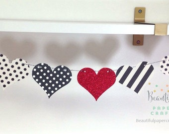 Valentine's Day Decor || Black and White Hearts Garland  || Valentine Garland || Heart Banner || Valentine Photo Prop || Paper Heart Garland