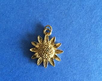 Daisy Sunflower Flower Charm Pendant