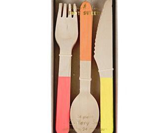 Wooden Cutlery Set - Neon