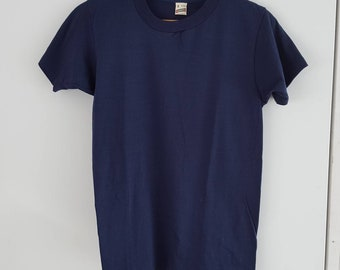 Screen stars, vintage t-shirt, NOS, deadstock, blank shirt, blue shirt, size small, 50-50 cotton polyester