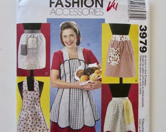 Woman's Aprons, Retro Style, Vintage Aprons, American Hostess Pattern, 1940's and 1950's Style Apron McCall's M6046 Uncut 3979