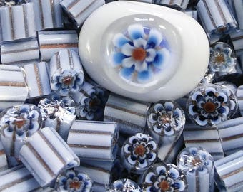 3D Flower Murrini, 104 COE, Blue and White