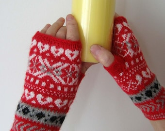 Fingerless patterned gloves. Patterned arm warmers. Hand knitted gloves. Blue, white, red and white, grey red black color. Votter. Mitaines