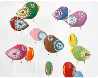 Nursery mobile, baby crib mobile, felt mobile, bird mobile, baby mobile, baby shower, crib mobile - 15 birds