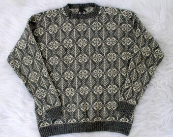 Vintage 1970's Brooks Brothers Ski Sweater / 70's Gray & White Wool Nordic Knit Winter Sweater