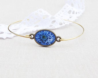 Blue Flower Bracelet - Blue Dahlia Jewelry - Tiny Bracelet - Gift For Her - Summer Collection By Bloomyjewelry