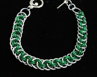 Chainmaille Viperbasket Bracelet-Green with Silver