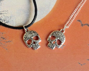 Sugar Skull Necklace, Halloween Necklace, Day Of The Dead, Skull Jewellery, Sugar Skull Pendant, Skull Accessories, Horror Necklace
