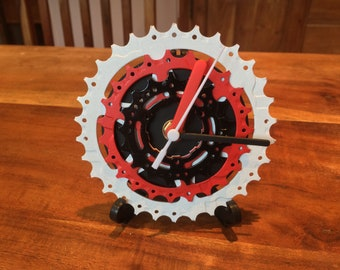 Upcycled bike cassette clock