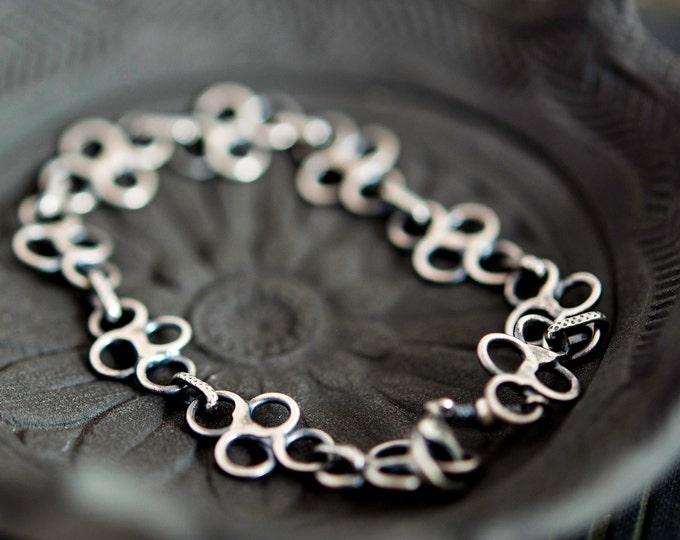 Silver Bracelet, Sterling Silver, Clover Chain, Metal Jewelry, Chain Bracelet, Oxidized, Black, PoleStar, Antiqued, Chain