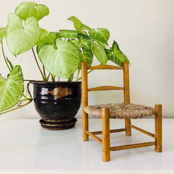 VintageWood Doll Chair Small Wooden Farmhouse Raffia Plant Stand Folk Decor