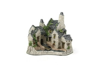 Fisherman's Wharf In The Country Collection David Winter Cottages 1983 Tudor Style Home Sculpture