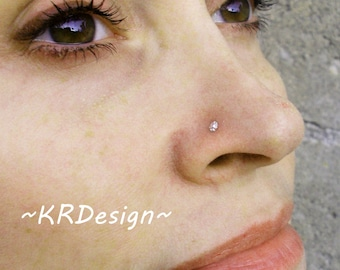 Sterling Silver-Tiny-Daisy-Flower-Nose Stud-Tragus-Earrings-Customized / Free US Shipping