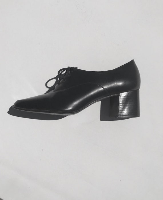 Black Leather Oxfords | 7 80s 90s vintage preppy oxford lace up feminine women shoes shiny pointed toe classic professional kawaii school