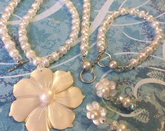 Sterling Silver Fresh water pearl Flower set.