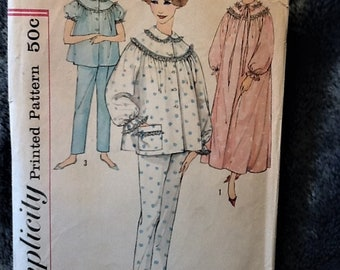 Vintage 1950s Simplicity Pattern 3239 Misses' size 16 Pajamas Nightgown