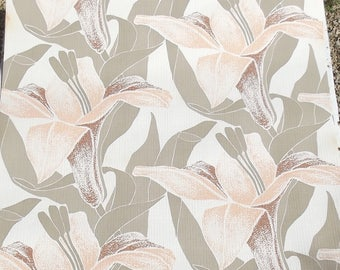 Vintage French Wallpaper Chinoiserie Lily Bold floral Statement paper Peach Blush Beige feature wall