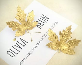 Maple Leaf Brooch Gold Maple Leaf Tie Tack Gold Maple Leaf Lapel Pin Maple Leaf Pin Woodland Wedding Accesories Suit Pin