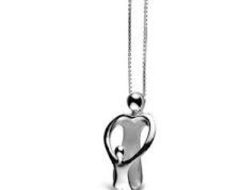 Mother and child family mohter and  child solid sterling silver 925 small pendant