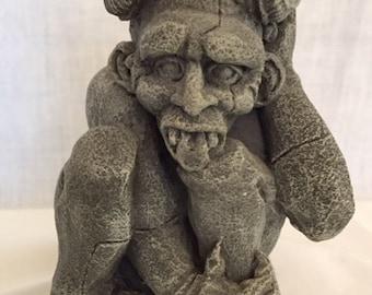 Gargoyle, Gargoyle figurine, sitting Gargoyle, Gothic figurine