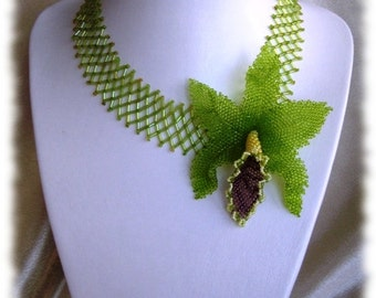 """Brooch chain """"orchid"""" green brooch green Net-necklace statement Necklace Statement Necklace spring Boho Celtic Couture Jewelry"""