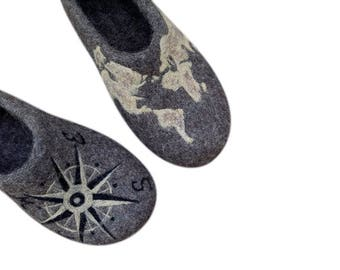 Personalized Gift For Husband, Mens Felt slippers, World map shoes for men, Travel gift idea, Hand painted slippers, Wool shoes,