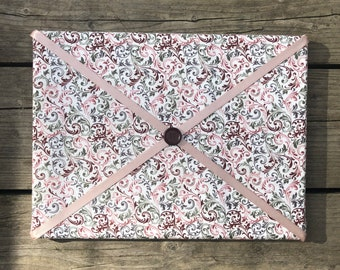 Pink Swirl Fabric Board w/ Pink Ribbon (SC)
