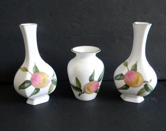 Royal Worcester set of three small vases - Arden pattern