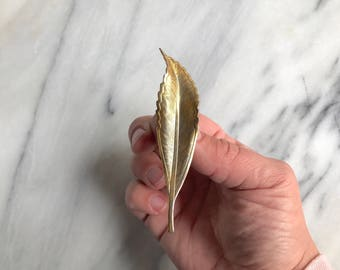 Vintage Gold Tone Brass Leaf Brooch / Brass Leaf Pin