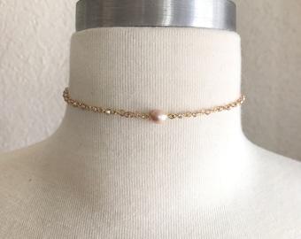 Choker Necklace,Pearl Choker Necklace,Tiny Pearl Choker,Gold Chain Choker,Pearl Gold Choker,Pearl Choker,Rose Pearl Choker