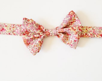 Pink Kid's Bow Tie, Liberty of London Print Bowtie, wedding bowtie, kids tie, cotton necktie, ring bearer bow tie, floral tie, baby bow tie