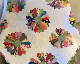 Quilt, handmade Dresden quilt, ready to ship,made in Hawaii, Dresden, Hawaiian, baby blanket, shower gift, lap quilt, Cotton quilt, Dresden