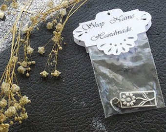 Personalized Doily Wedding Favor Topper, Custom Candy Treat Bag Topper, Hand Cut Doily Shower Favor Topper, Bridesmaid Gift Bag Topper
