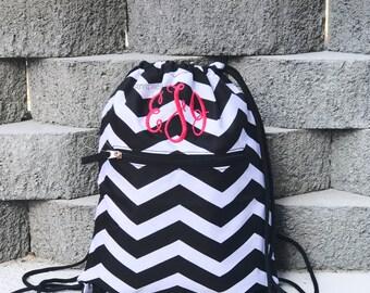 Black White Dawstring Backpack, Drawstring Bag, Gym backpack, Cinch Sack, Gym Bag, Kids Bag, Chevron Drawstring Bag, Personalized Cinch Bag