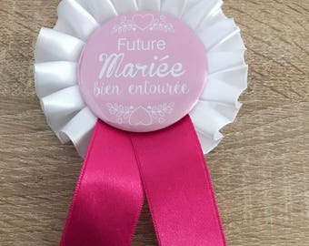 Badge Cockade 56 mm / bachelorette party-bride to be/pink and white