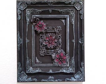Altered photo frame. Mixed media assemblage. Home decor, wall art. Steampunk