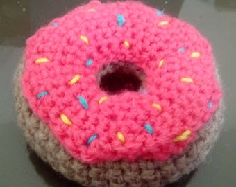 Donut cat toy