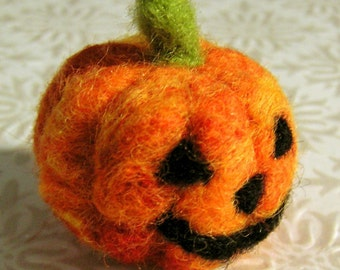 Needle Felted Jack O' Lantern - Felted Wool Pumpkin Decoration - Small Woolen Autumnal Decor - Orange and Black Fall Wool Sculpture