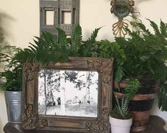 Amazing black and white photo 1950's with antique frame