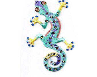 Gecko - Lizard - Southwest - Embroidered Iron On Applque Patch - L