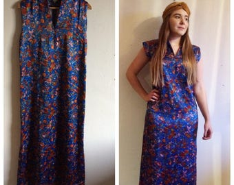 Amazing unique vintage 70s blue Chinese people patterned dress - handmade