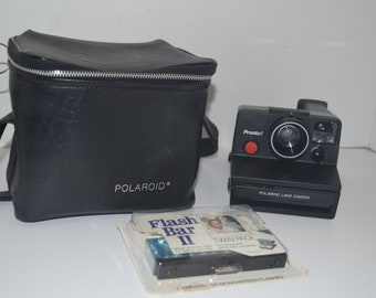 Vintage 1970's Polaroid Pronto Instant Camera - NM w/Case