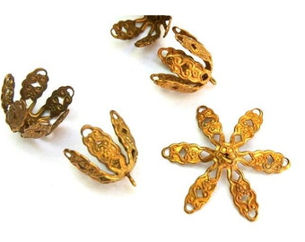 2 Vintage metal filigree flowers 14mm height, you can change the gesture of the leaves, RARE