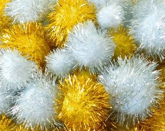 Gold and Silver Pom poms pack 30 assorted sizes