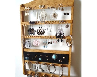 ON SALE Honey Ring Holder, Earring Organizer, 16 Peg Bracelet Necklace Display, Honey Oak Wood Rack, Jewelry Holder Wall Hanging